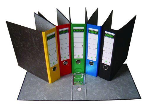 Pořadač pákový A4/5cm bar. hřbet červený Kvalitní pořadač z recyklovaného materiálu s mramorovou úpravou-červená -papírový štítek na hřbetu -kovové ochranné lišty prodlužují životnost Hřbet: 5 cm Balení obsahuje: 25 ks Formát: A4