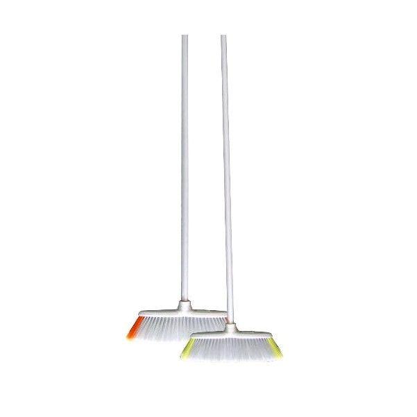 Smeták plastový na tyči 130cm Smeták plastový na tyči - komplet. Délka: 130cm