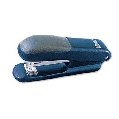 Sešívač Boxer 200 modrá 25list Praktická sešívačka v kombinaci plast a kov.Hodí se do kanceláře i domácnosti. o Barva: modrá o Kapacita sešívání: 25 listů o Druh drátků: 24/6 nebo 26/6 o Plnění drátků: horní o Hloubka vkládání: 50mm o Sešití: uzavřené