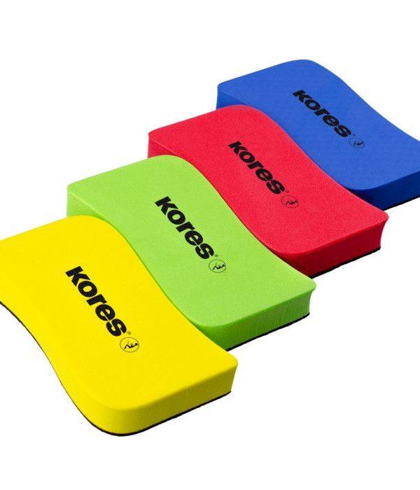 Magnetická  houba KORES omyvatelná mix barev Magnetická stírací houbička na bílé tabule. Ergonomický tvar pro komfortní používání. Nezanechává stopy. -magnetická -možnost přichycení na kovovém povrchu tabule -lehká Rozměr: 110 x 55 x 20 mm